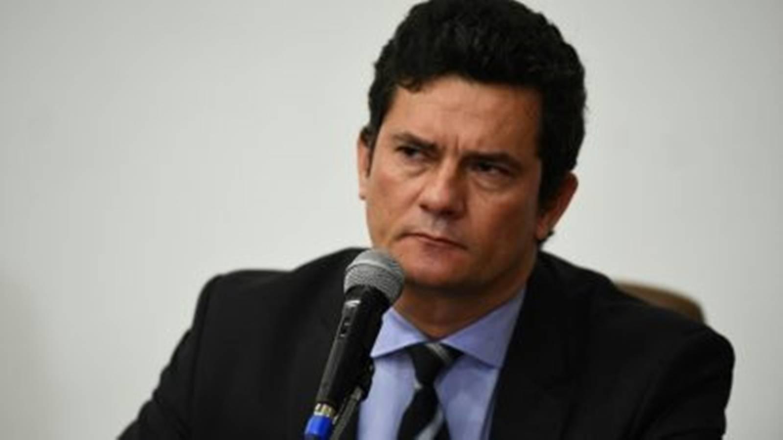 Sérgio Moro presta depoimento neste sábado à PF e PGR