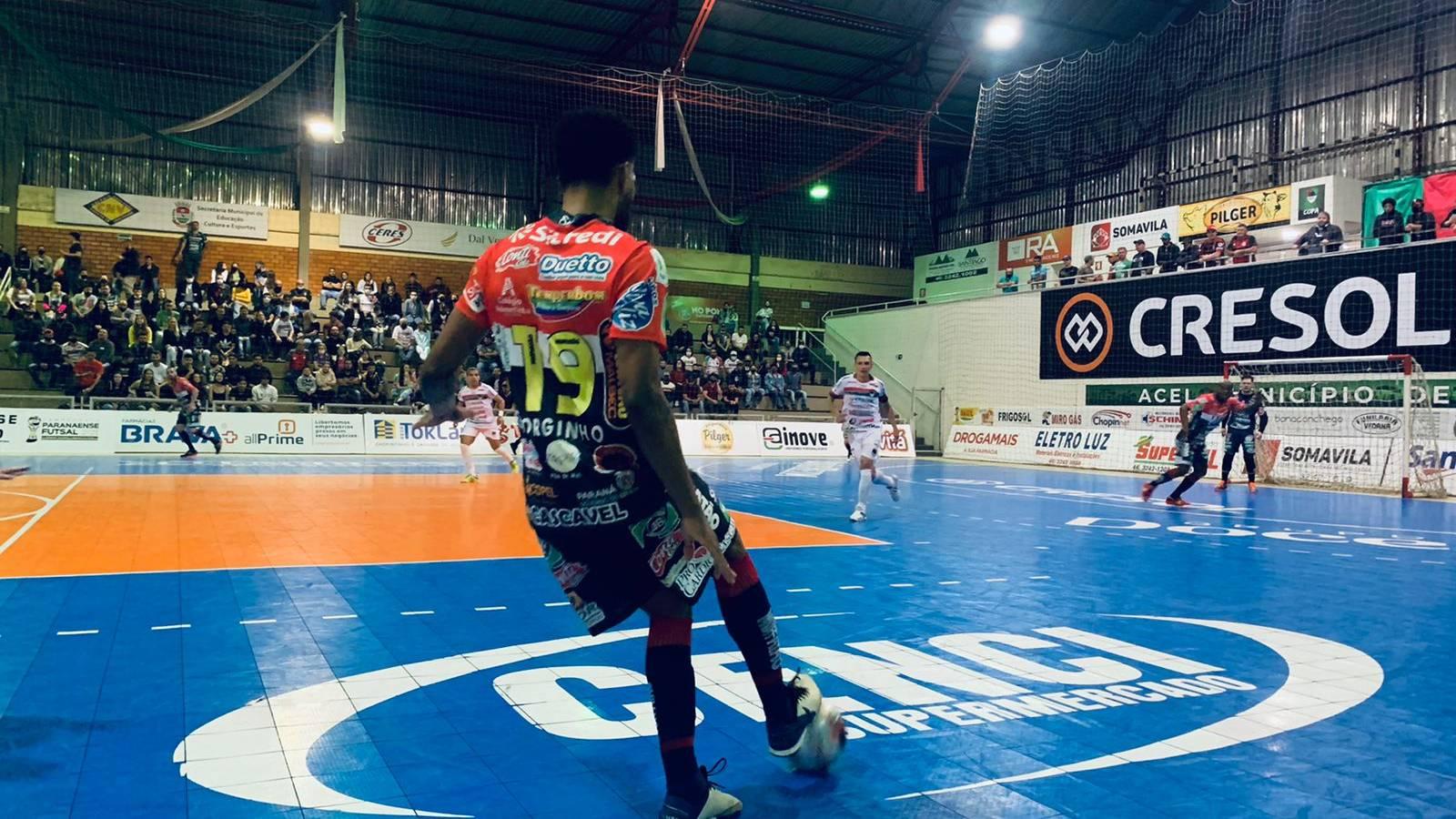 Cascavel Futsal vence Acel/Chopinzinho e terá a vantagem do empate para chegar até as semifinais