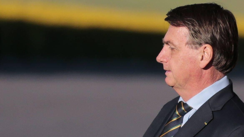 Bolsonaro apoia críticas de CFM a pedido de governadores do Nordeste