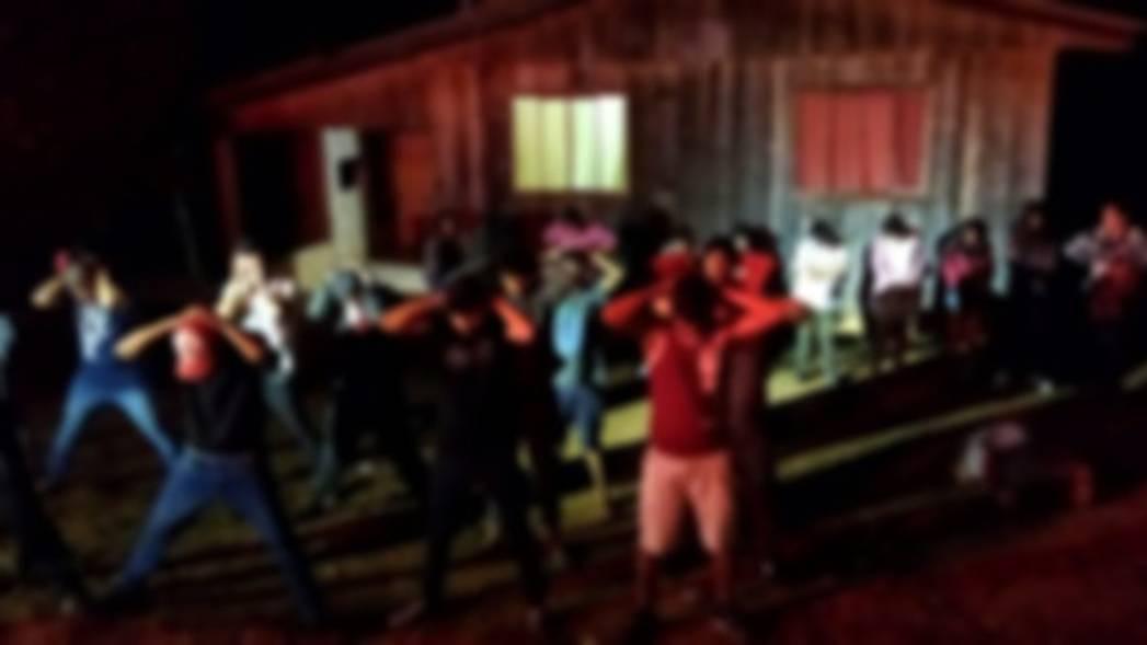 Festa clandestina com cerca de 30 pessoas é encerrada pela PM no Sudoeste