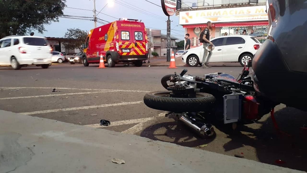 Motociclista fica ferido após colisão de trânsito no Bairro São Cristóvão