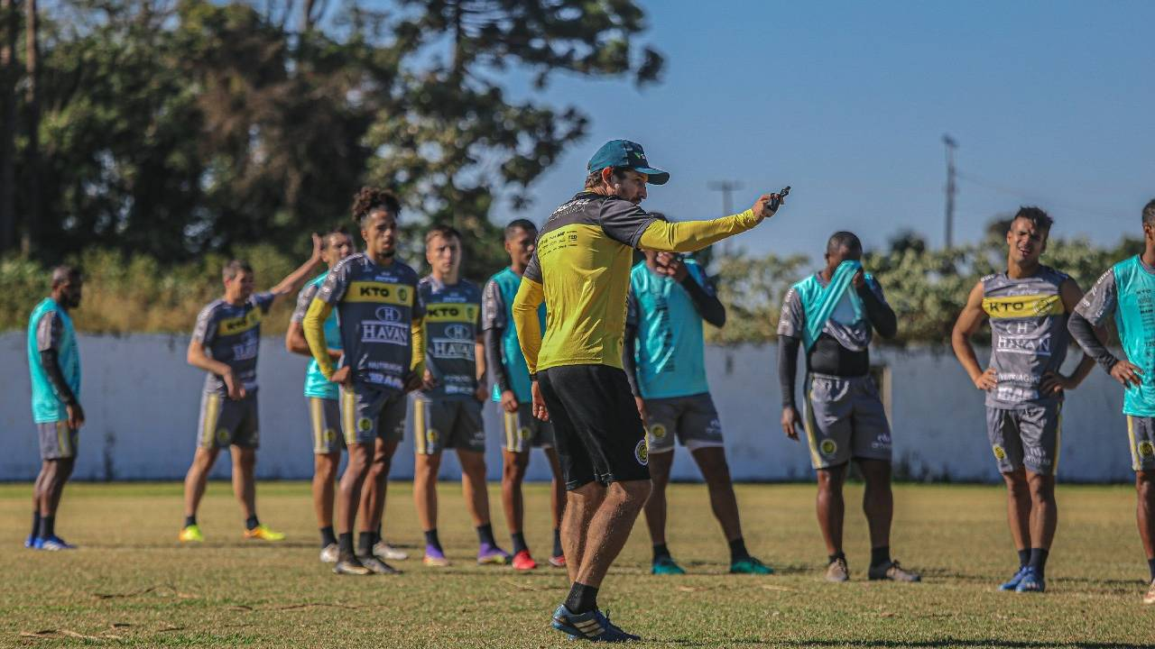 Jogando no Olímpico Regional, Cascavel enfrenta equipe do Joinville em sua estreia na Série D 2021