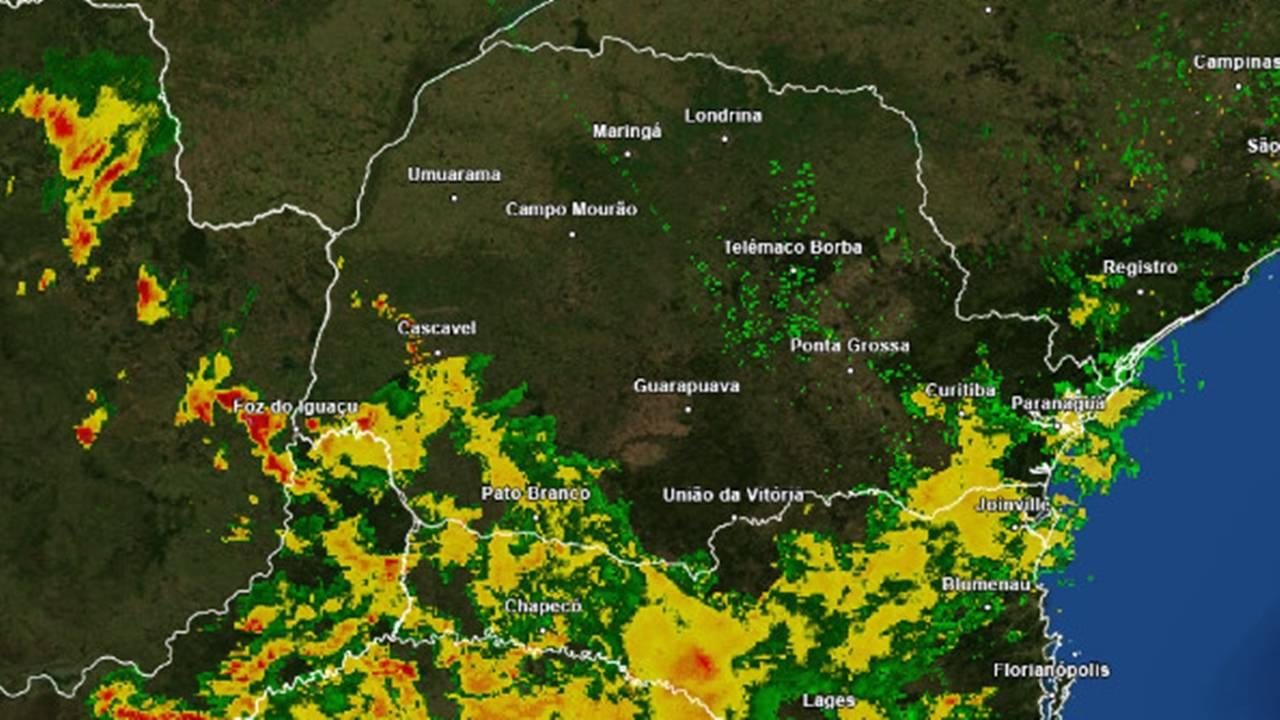 Instabilidade aumenta sobre o Oeste/Sudoeste do Paraná e Inmet emite alerta de Chuvas Intensas