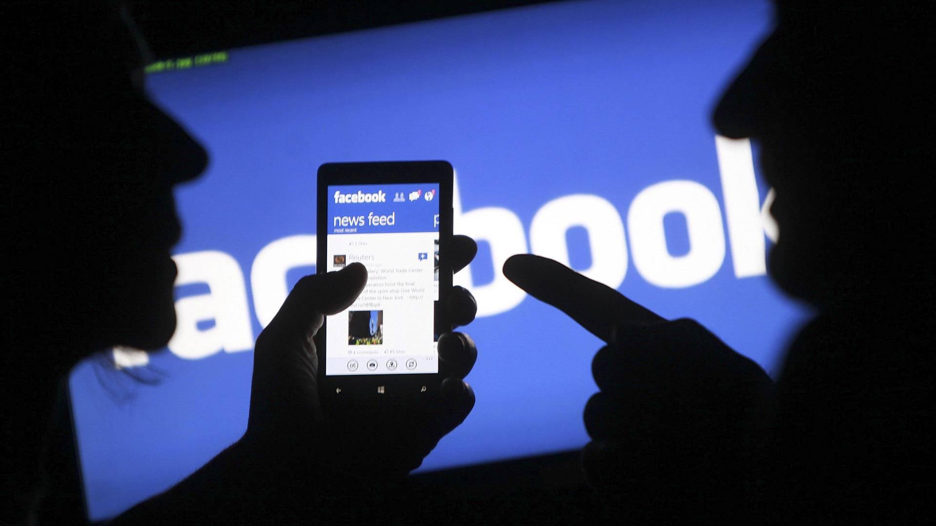 Facebook: dados de 1,5 bilhão de usuários estão à venda em fórum hacker
