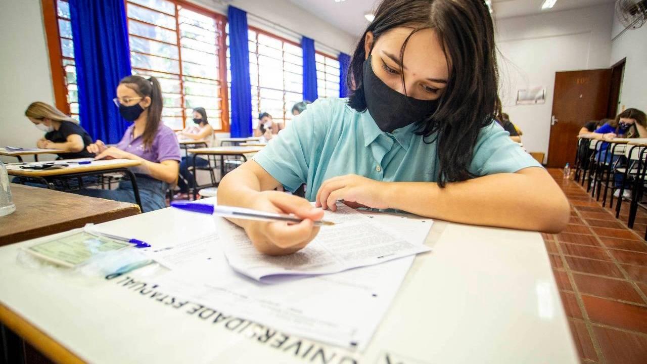 Pesquisadores debatem os impactos da pandemia no ensino superior