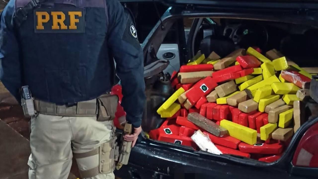 PRF apreende 165 kg de maconha em Santa Tereza do Oeste