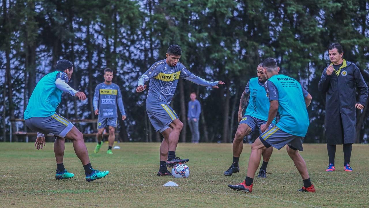 Embalado no Campeonato Paranaense, Cascavel enfrenta o Toledo no Clássico da Soja