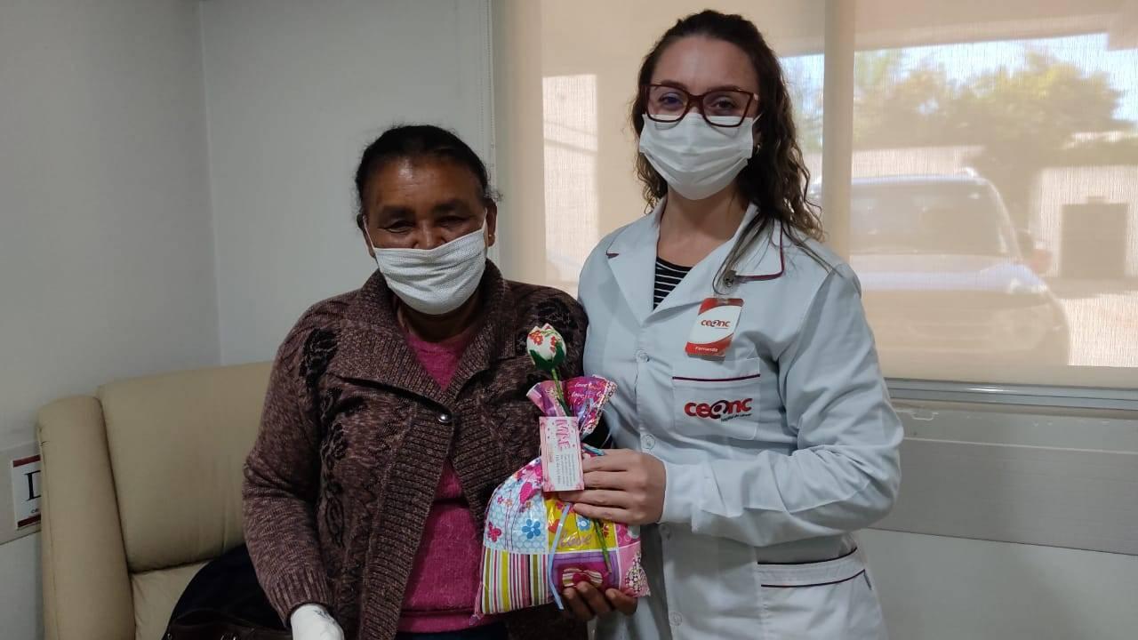 Dia das Mães é lembrado com carinho nas unidades do CEONC Hospital do Câncer