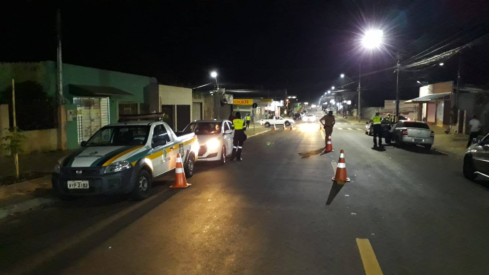 Blitz flagra 6 inabilitados e 8 sem cinto de segurança nessa segunda-feira (6) em Cascavel