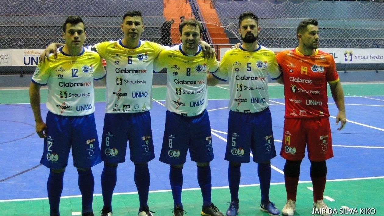 """62 gols em oito jogos marcam a abertura do Campeonato Paranaense """"Série Bronze"""" de Futsal"""