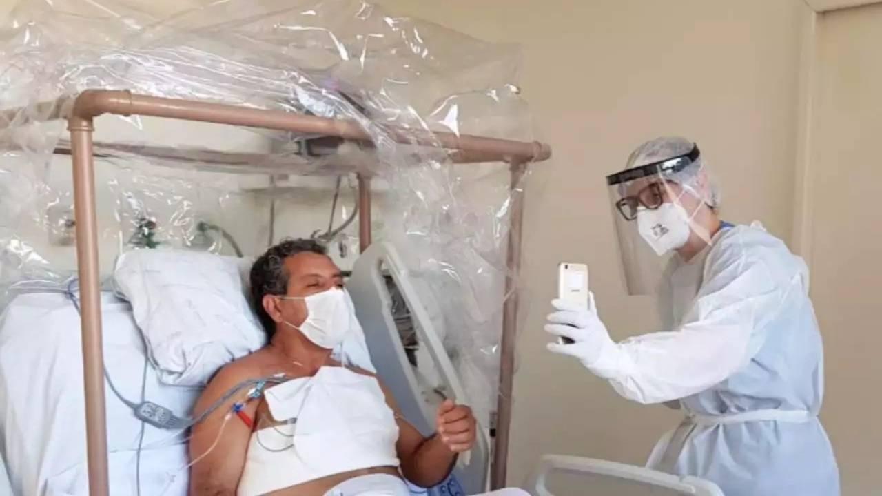 Humanização x Covid-19: visitas virtuais acolhem famílias e ajudam na recuperação de pacientes no HU