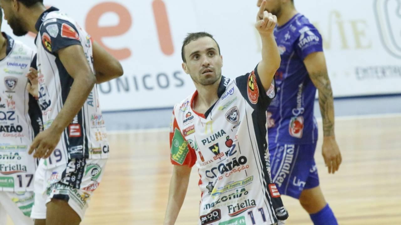 Sem perder há 69 dias, Cascavel Futsal enfrenta Juventude (MS) pela Liga Nacional