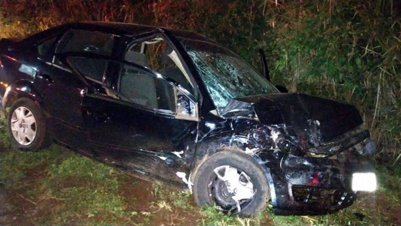 Grave acidente em Santa Helena resulta em quatro pessoas feridas na PR 317