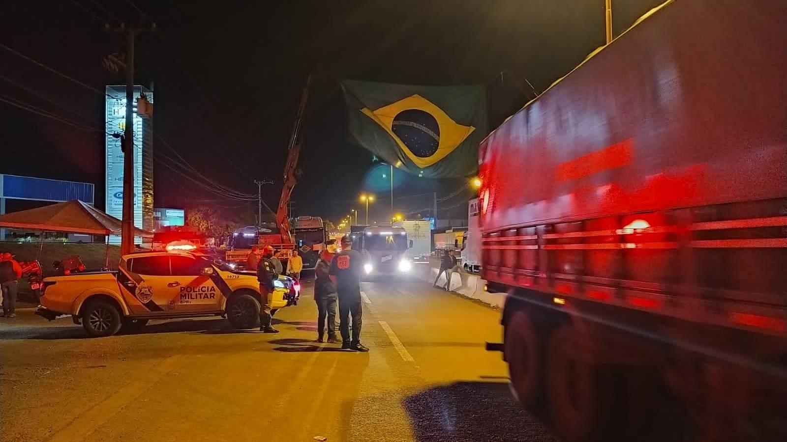 PRE informa desmobilização dos pontos de bloqueios na região oeste do Paraná