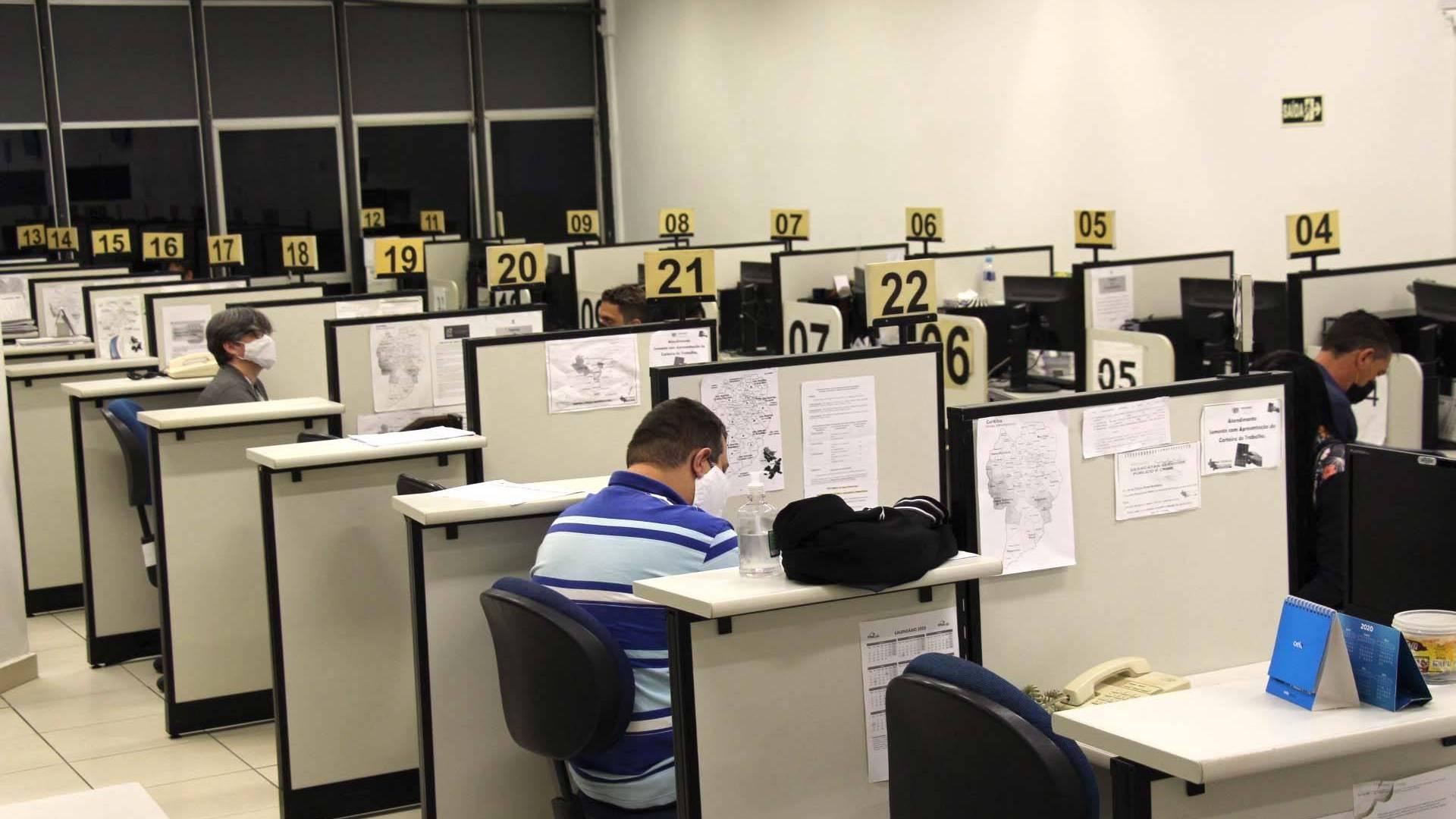 Agências do Trabalhador registram melhor abril em sete anos, com 10,8 mil colocados