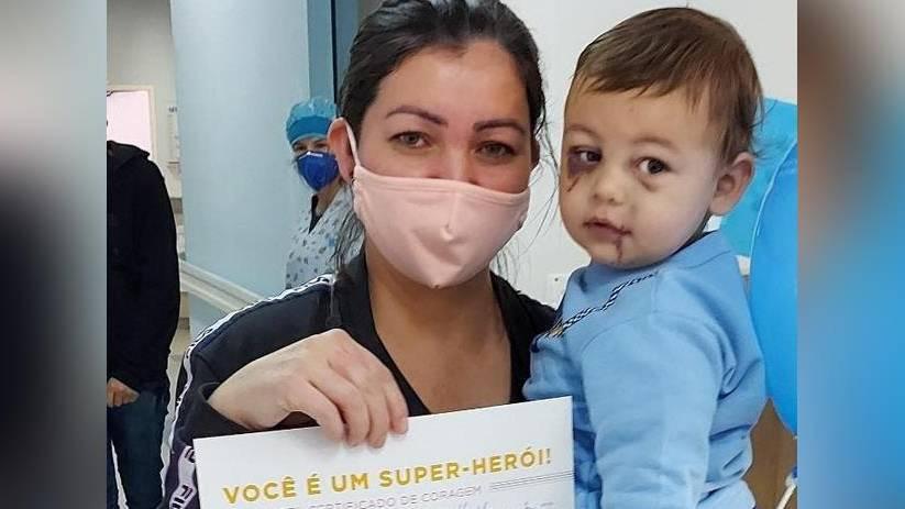 Bebê que sobreviveu a ataque em creche de Saudades recebe alta do hospital