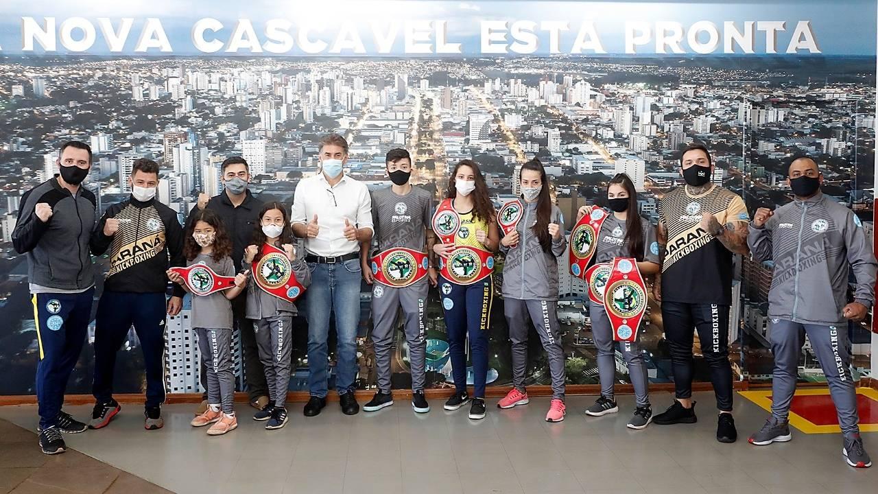 Cascavel é destaque no Campeonato Brasileiro de kickboxing