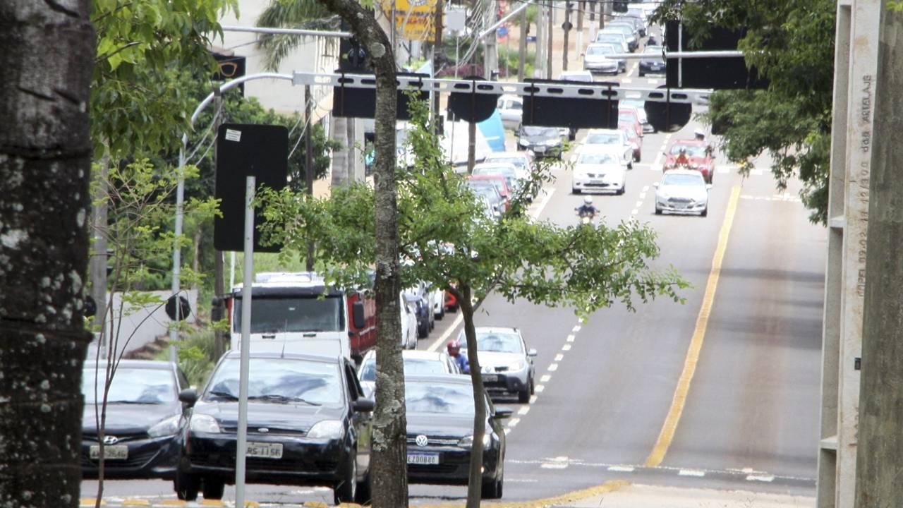 Trânsito: Atenção na Av. Tito Muffato até a Praça do Migrante durante Meia Maratona neste domingo