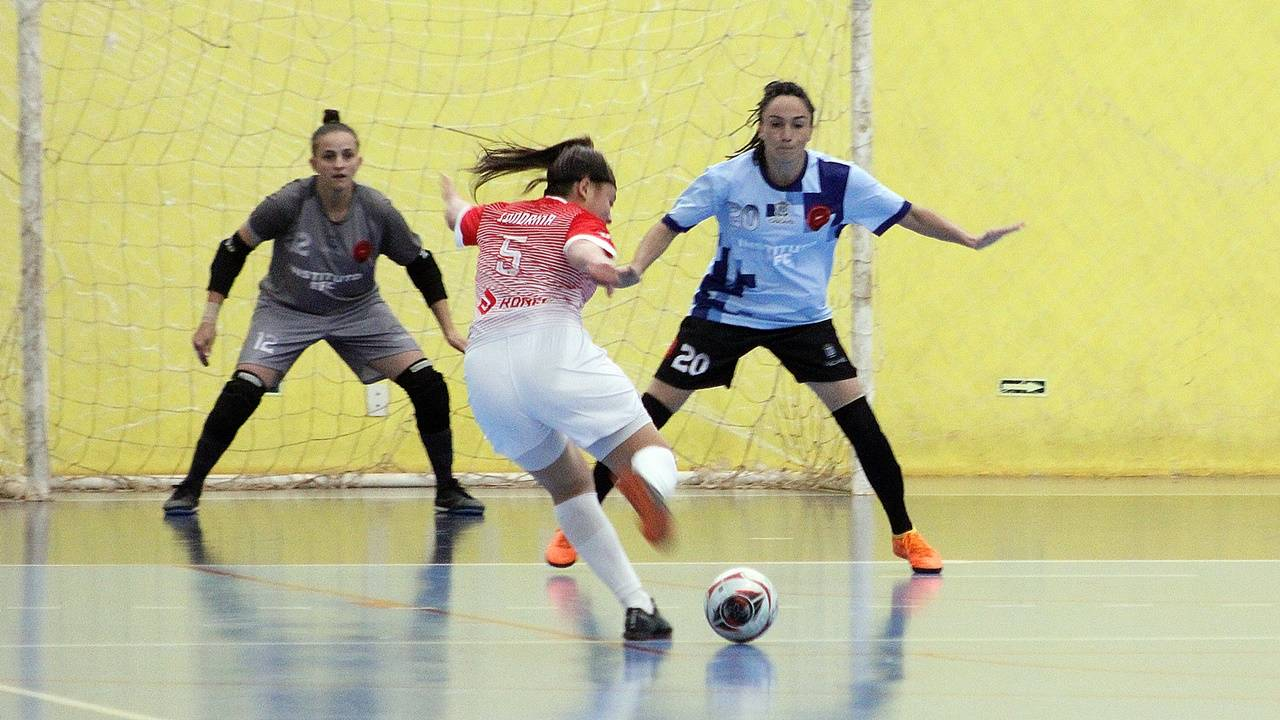 Londrina vence Instituto Cascavel Futsal pelo Campeonato Paranaense Serie Ouro