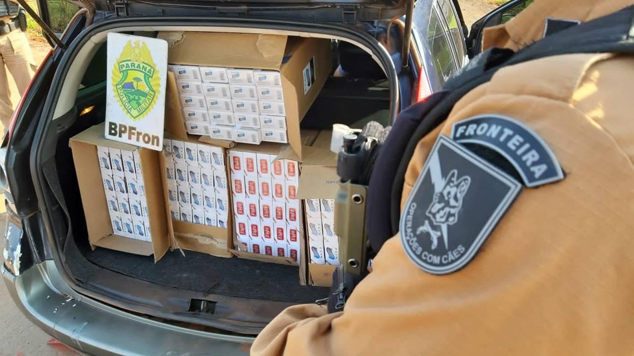 BPFRON apreende carro com cigarros contrabandeados na cidade de Quatro Pontes-PR