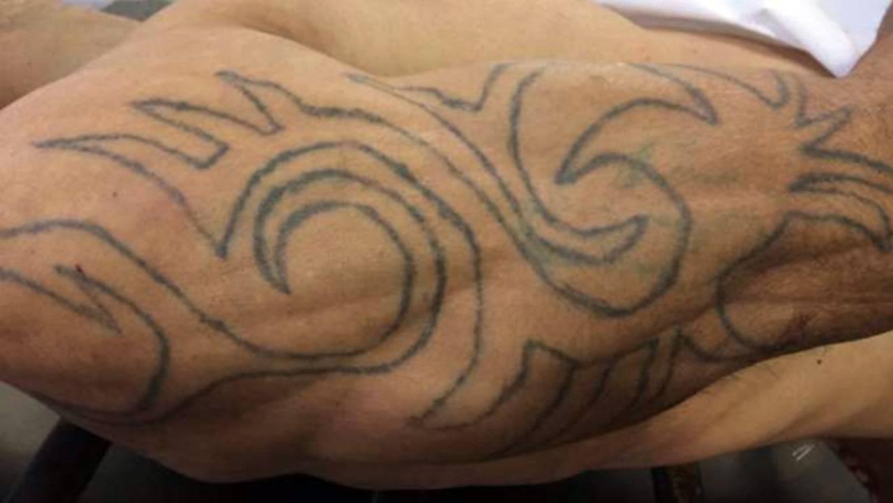DH divulga fotos de tatuagem do homem morto em confronto com policial à paisana no Interlagos