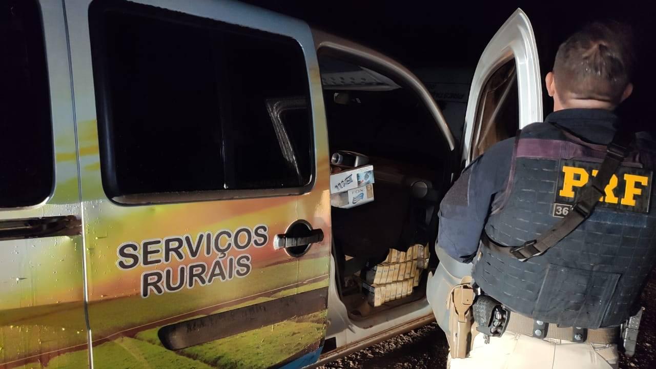 PRF apreende cigarros contrabandeados em falso veículo de prestação de serviços rurais