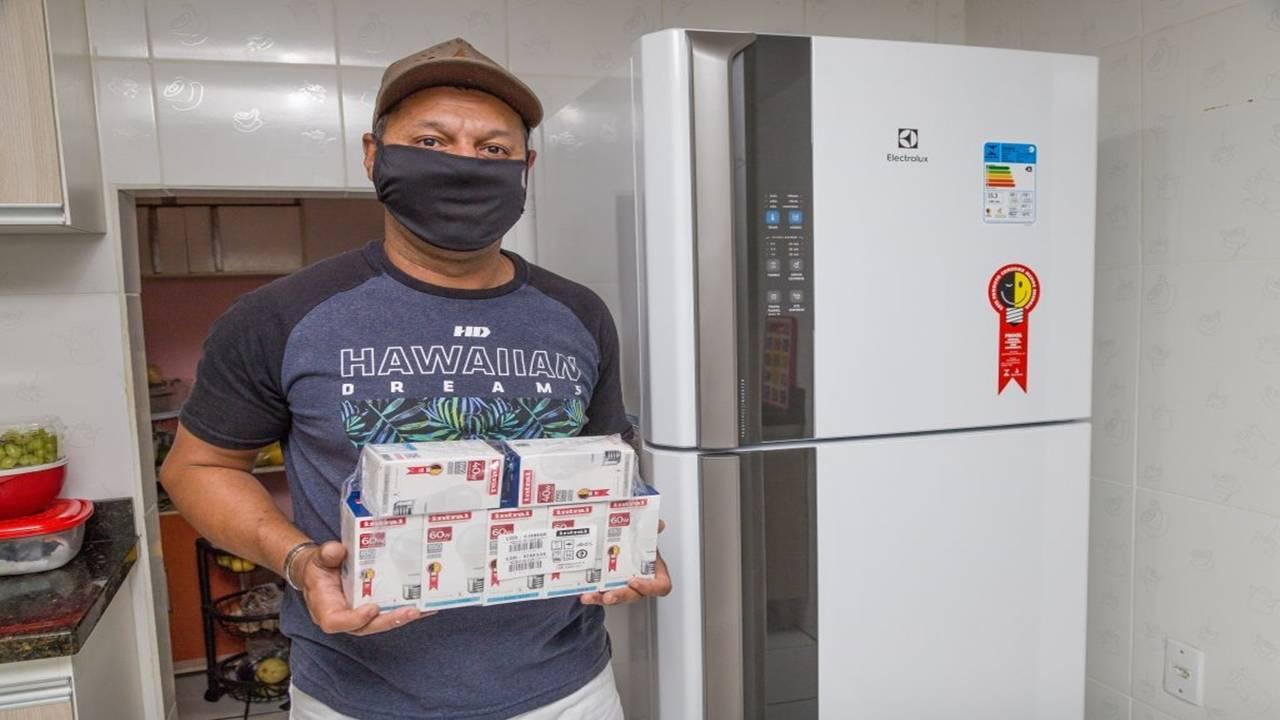 Copel oferta bônus para troca de 25 mil kits de lâmpadas
