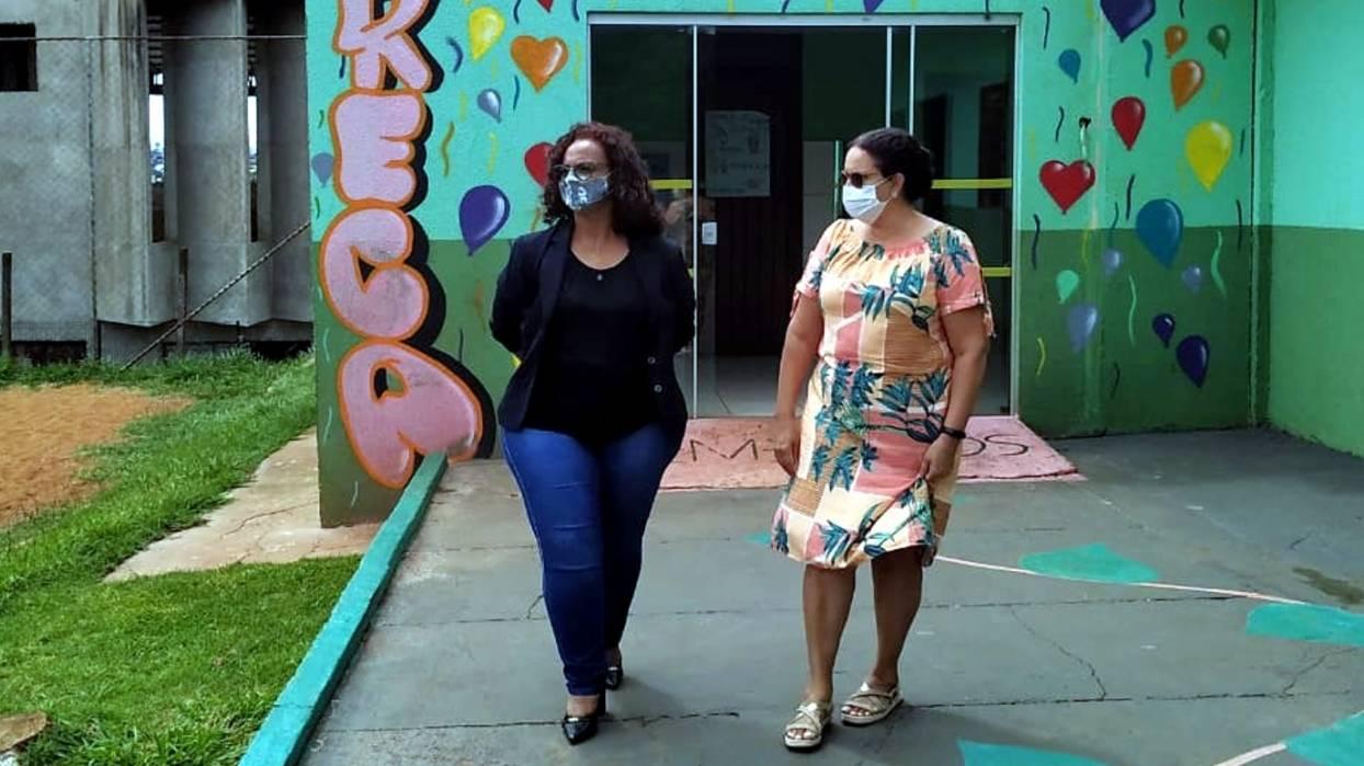 Beth Leal visita o Eureca II, voltado à proteção social de crianças e adolescentes