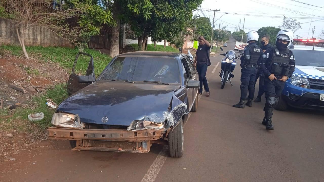Homem é detido pela Guarda Municipal por embriaguez ao volante no Bairro Floresta
