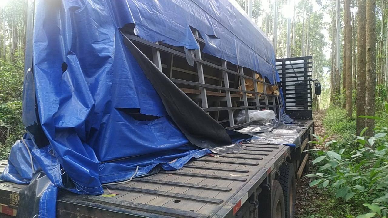 Caminhão tomado em assalto na cidade de Nova Laranjeiras é recuperado em Guaraniaçu