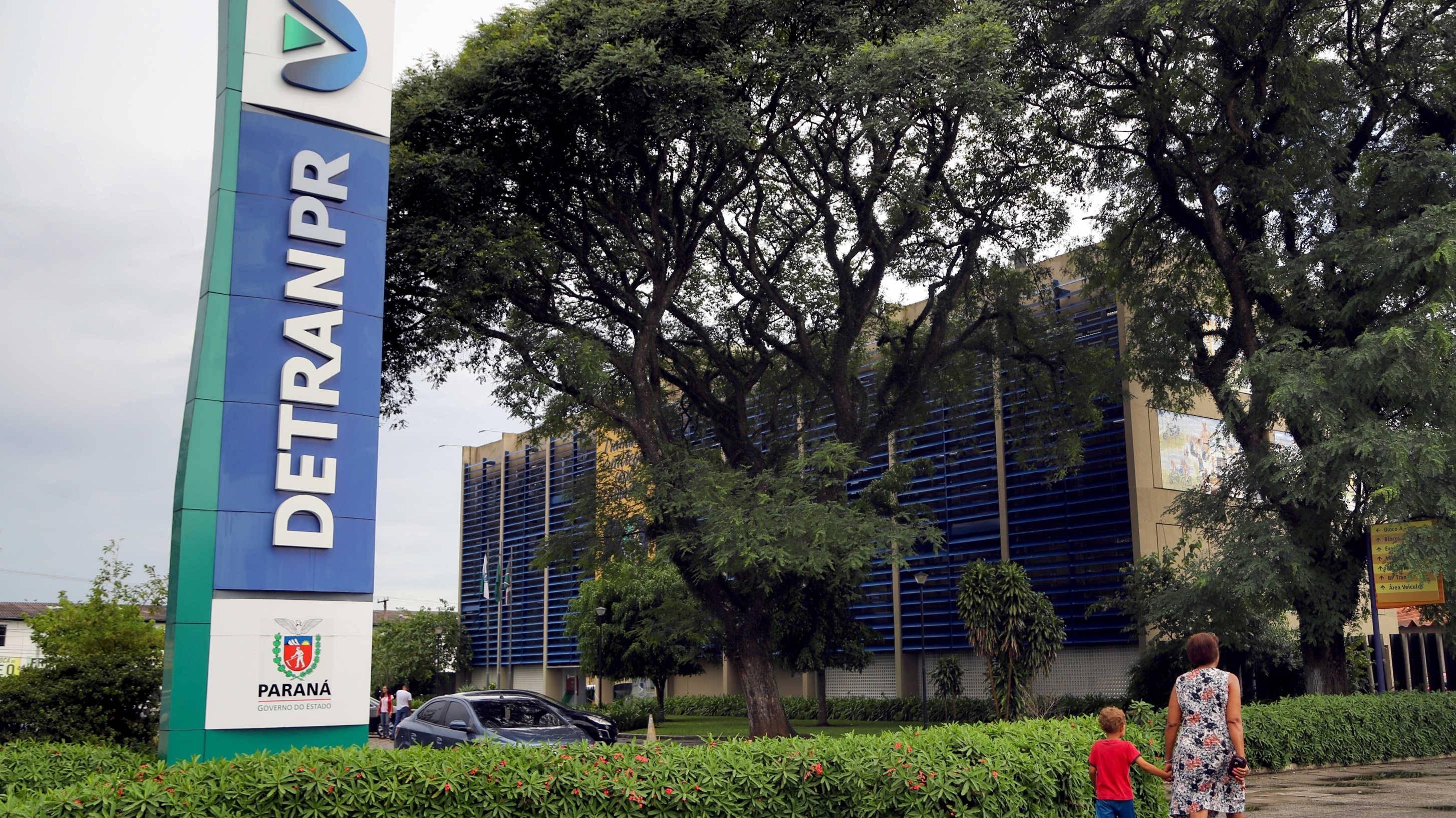 Estado congela taxas do Detran-PR pelo segundo ano consecutivo
