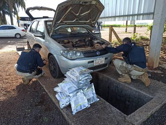 PRF flagra veículo paraguaio transportando agrotóxico em fundo falso