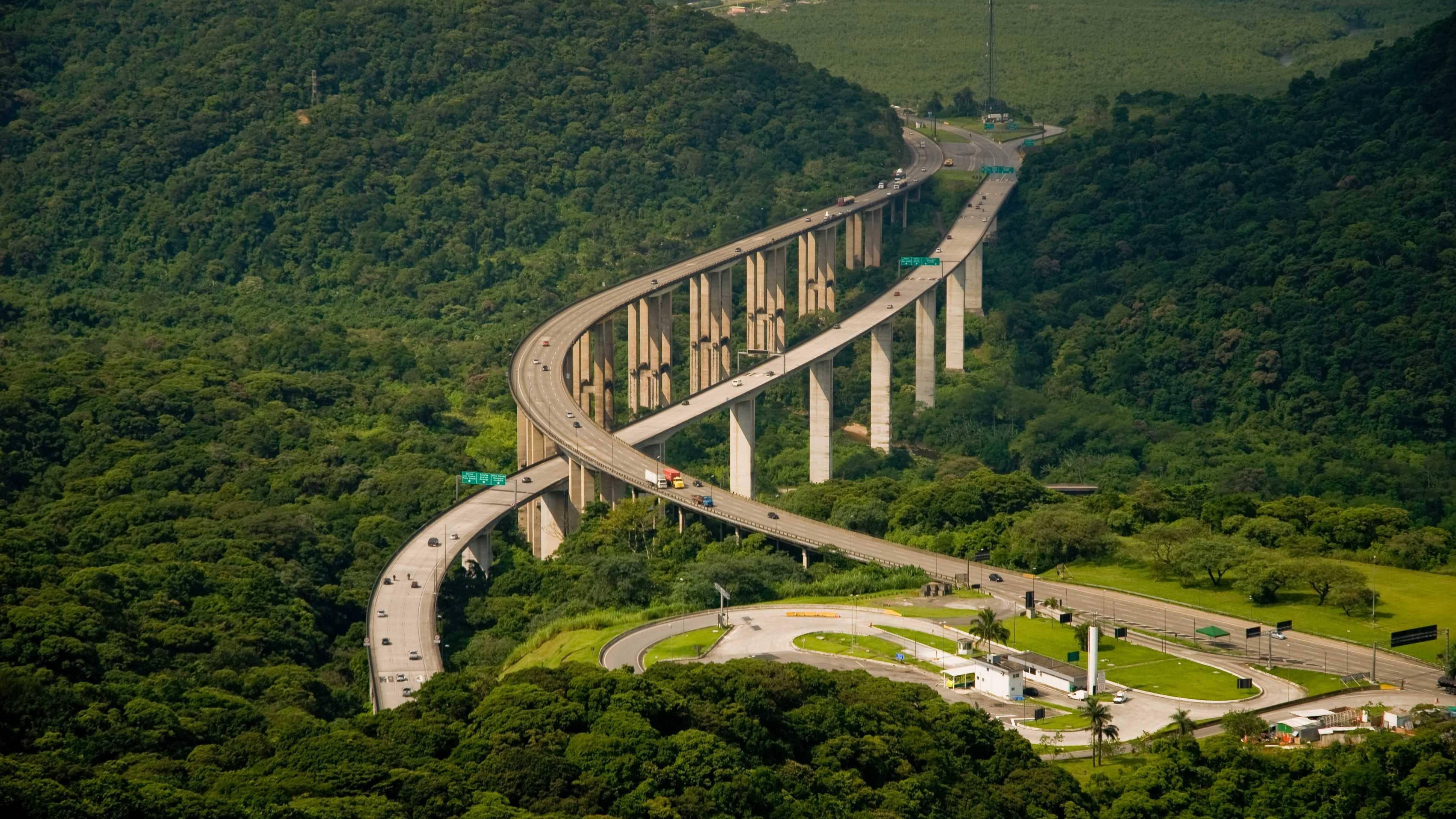 Ecorodovias é multada em R$ 66 mi e suspensa de licitações por 2 anos no Paraná