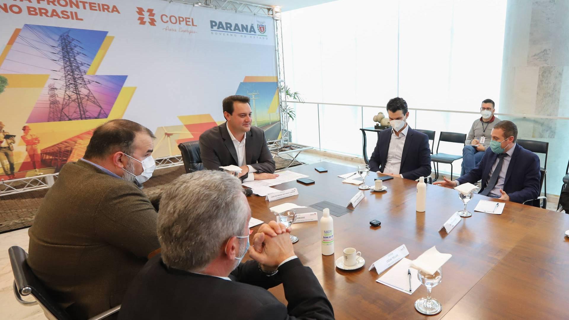 Estado e Aerp renovam convênio para divulgação de boletins informativos da Copel