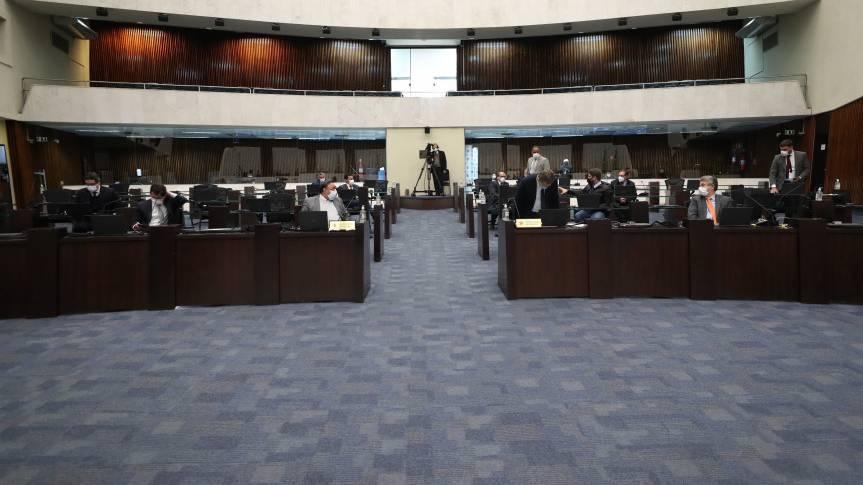 Cessão de rodovias estaduais à União é alvo de discussão na Assembleia