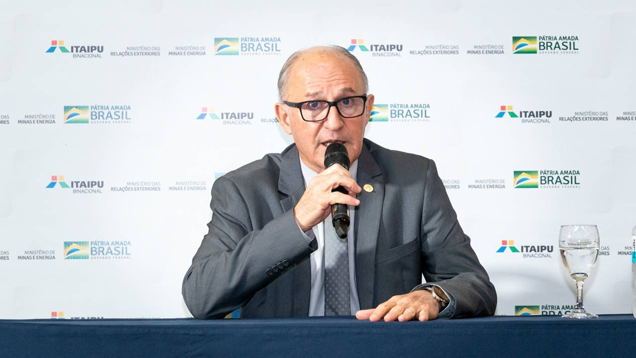 Tarifa de energia da Itaipu deve ser reduzida em 2022 sem prejuízo a obras, afirma general Ferreira