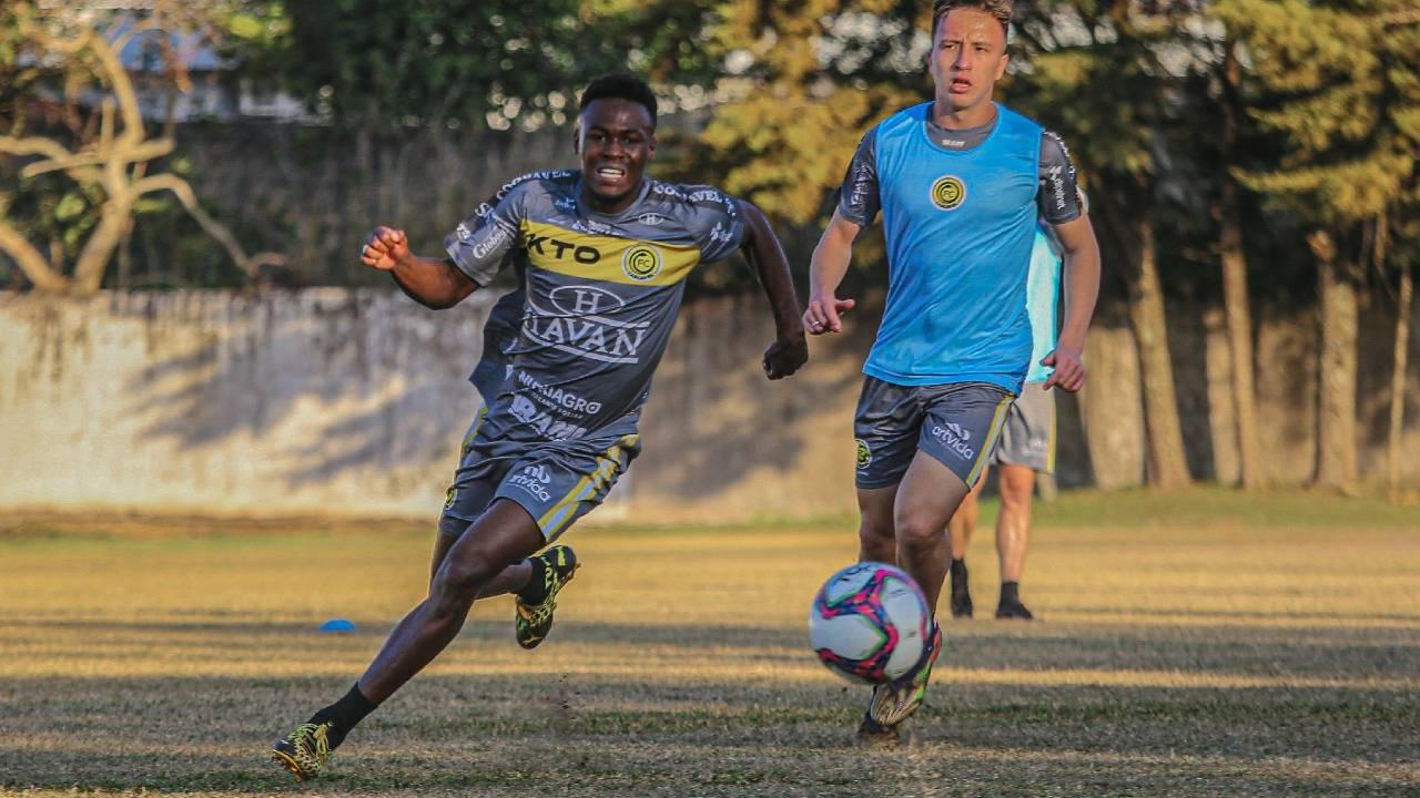 Em duelo de paranaenses, FC Cascavel vai até Paranaguá enfrentar a equipe do Rio Branco
