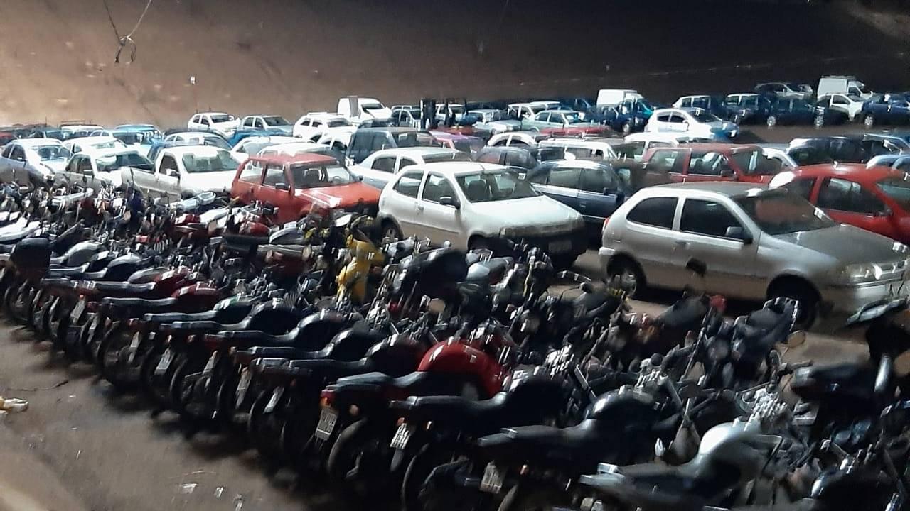 Transitar leiloa 120 veículos conservados e mais 123 lotes de sucatas