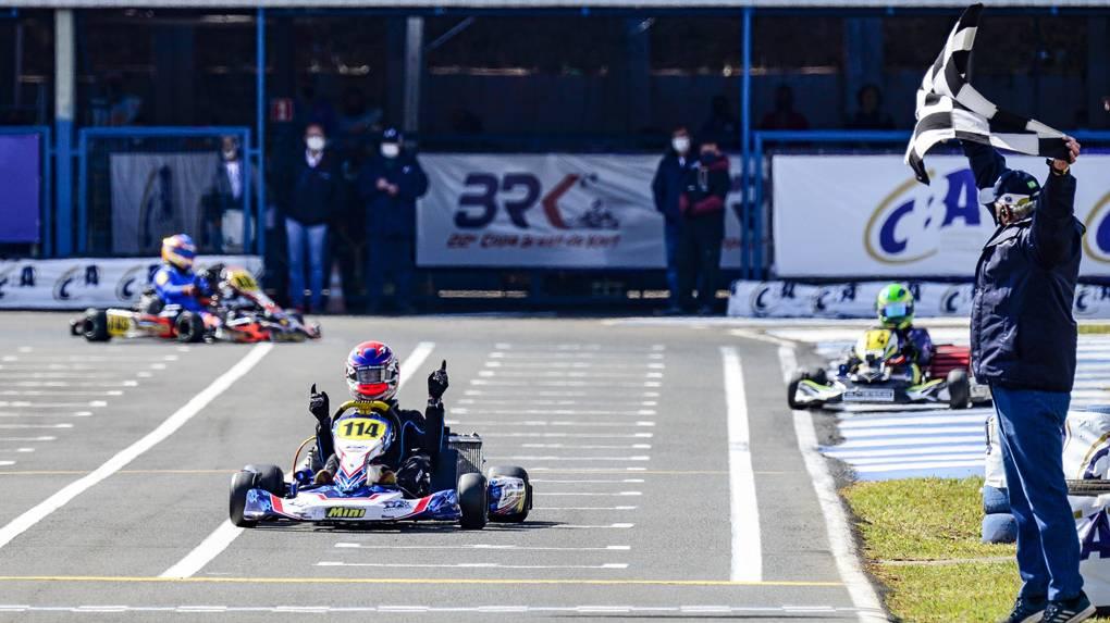 Três paranaenses sagram-se campeões na Copa Brasil de Kart em Londrina