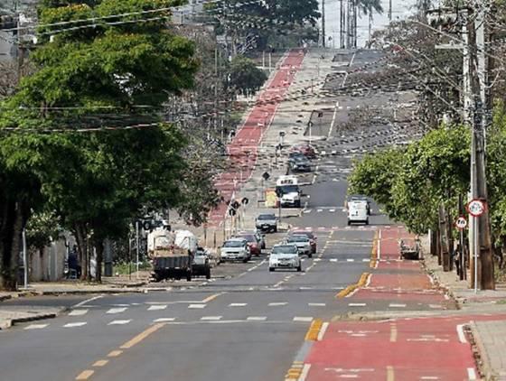 Modernização da Avenida Piquiri leva segurança para motoristas e pedestres