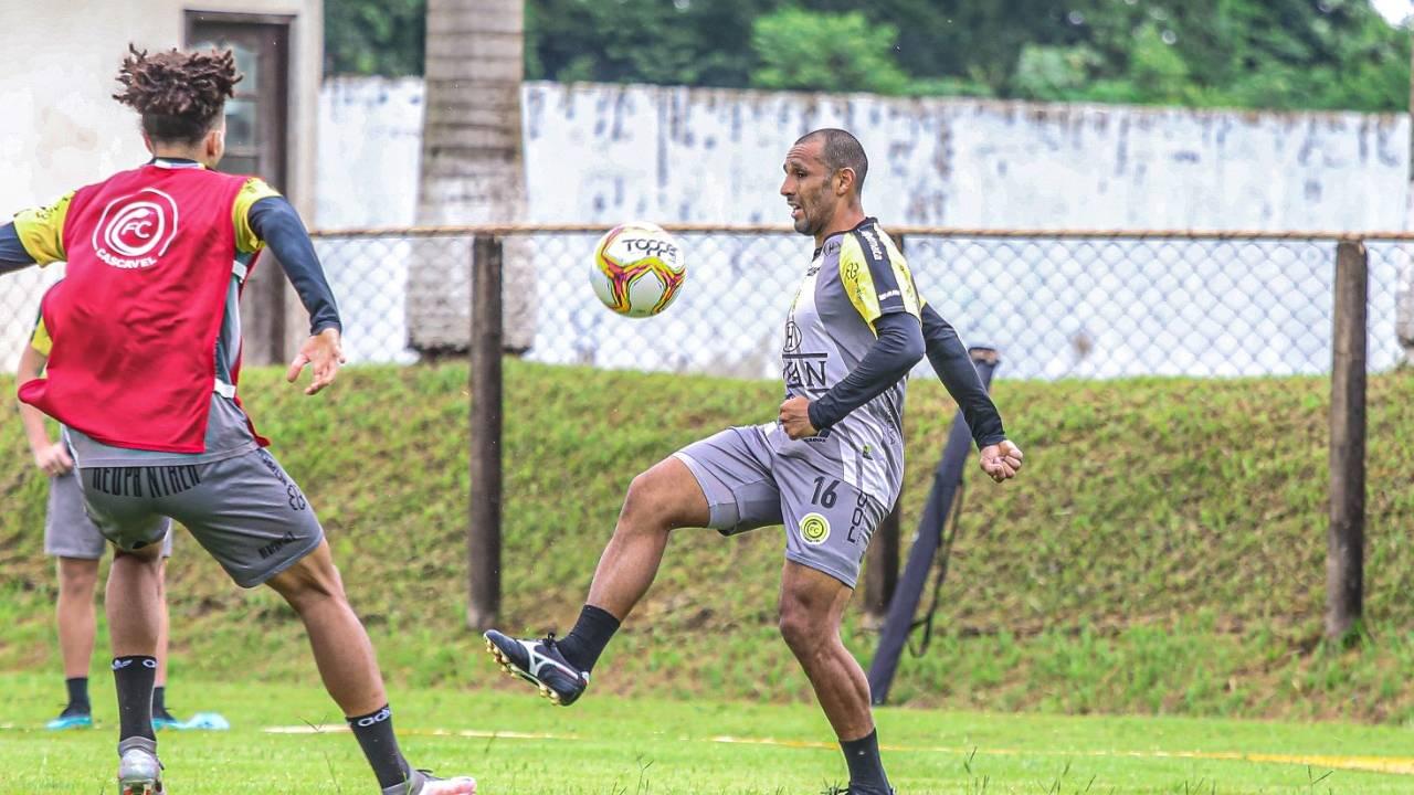 FC Cascavel inicia segunda semana da pré-temporada 2021