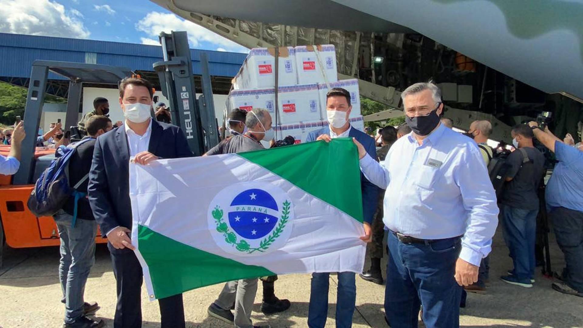 Vacinação começa nesta segunda-feira no Paraná