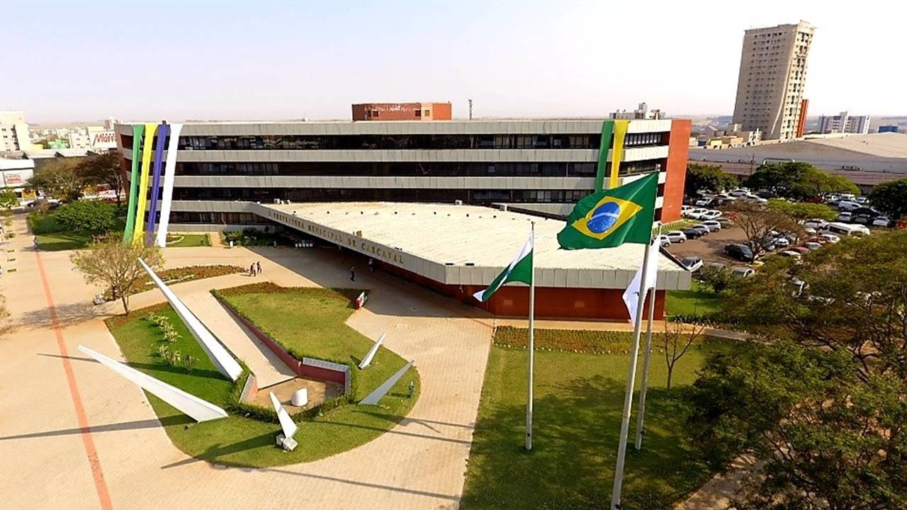Escritório de Compras destaca Cascavel em projeto da CNM