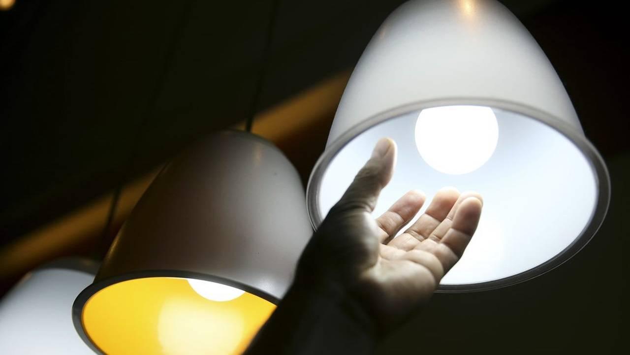 Energia elétrica é cara ou muito cara para 84% dos brasileiros