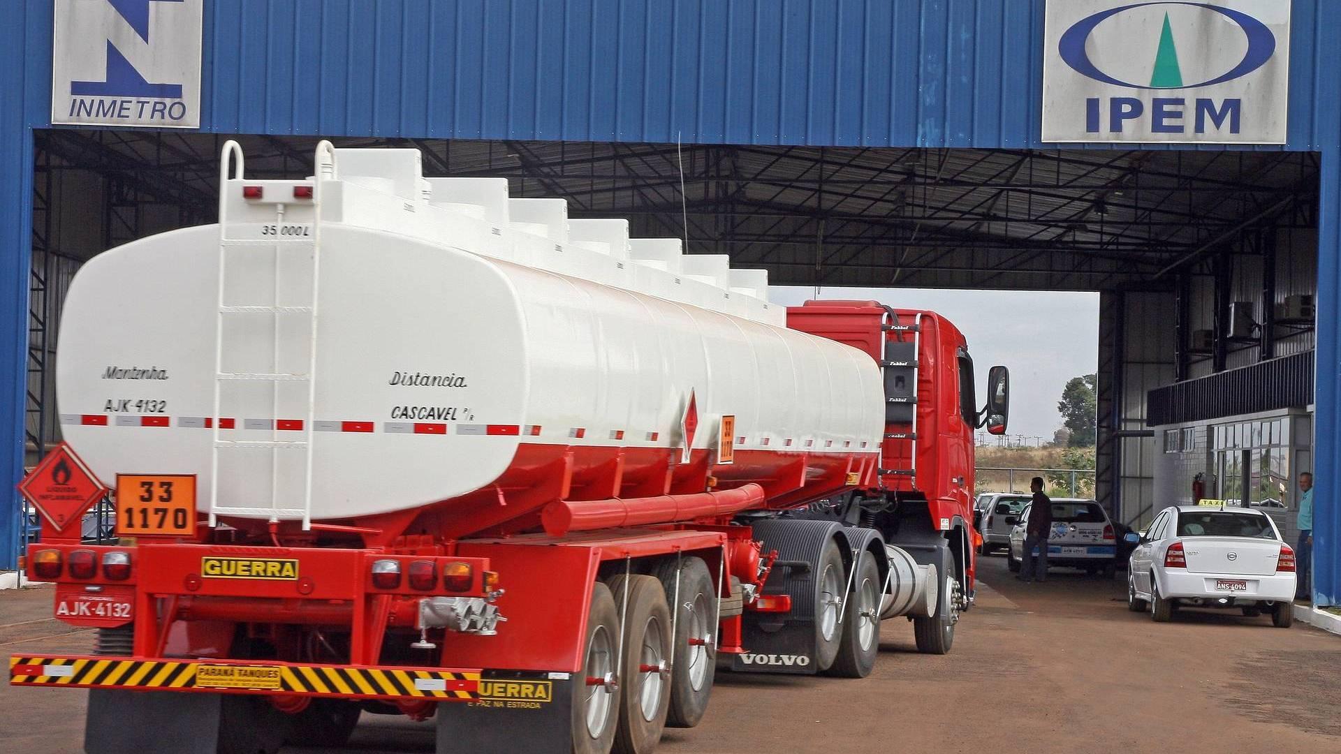 Agendamento no Ipem-PR para verificação de caminhão-tanque agora é apenas online