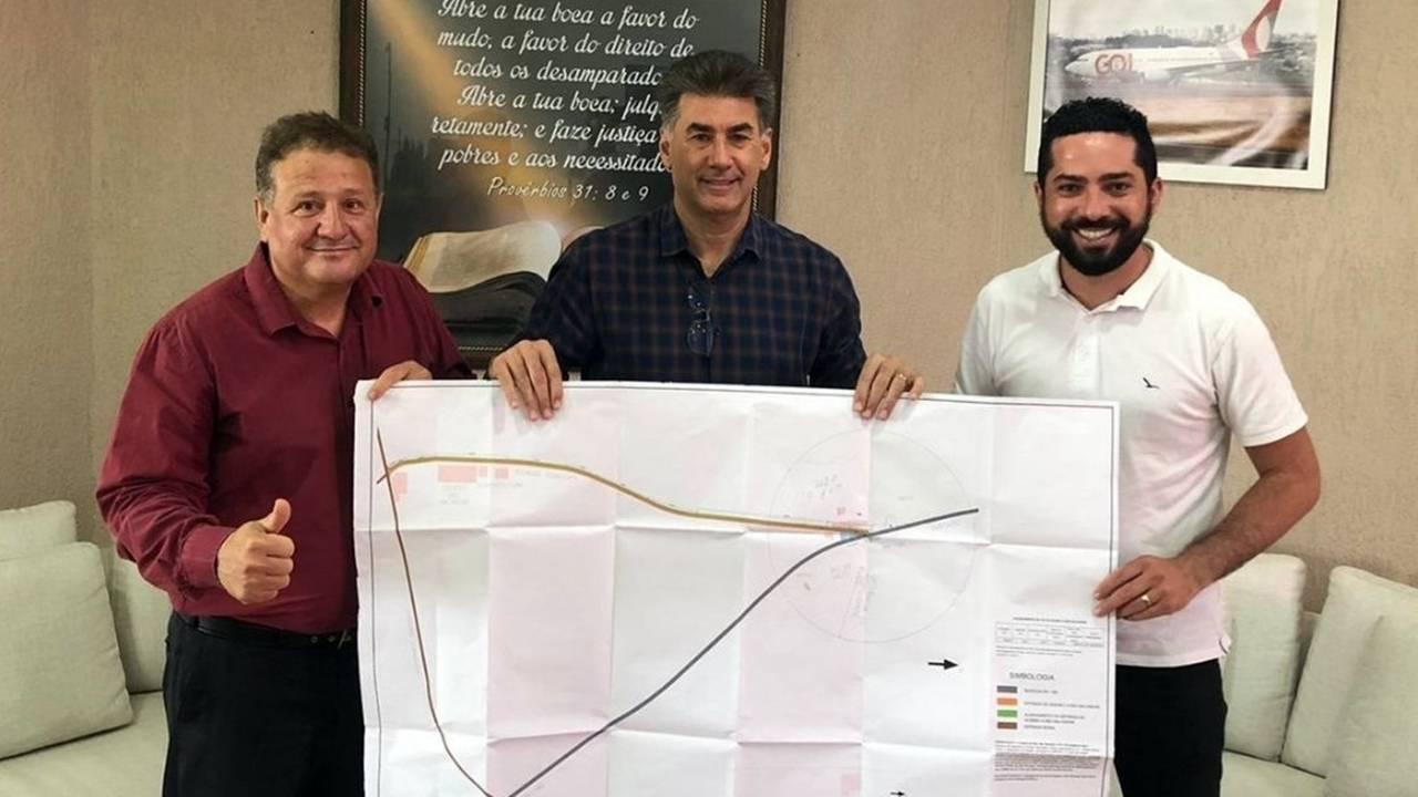 Melo e Tiago Almeida tem reunião de trabalho com Paranhos para tratar das demandas de São Salvador
