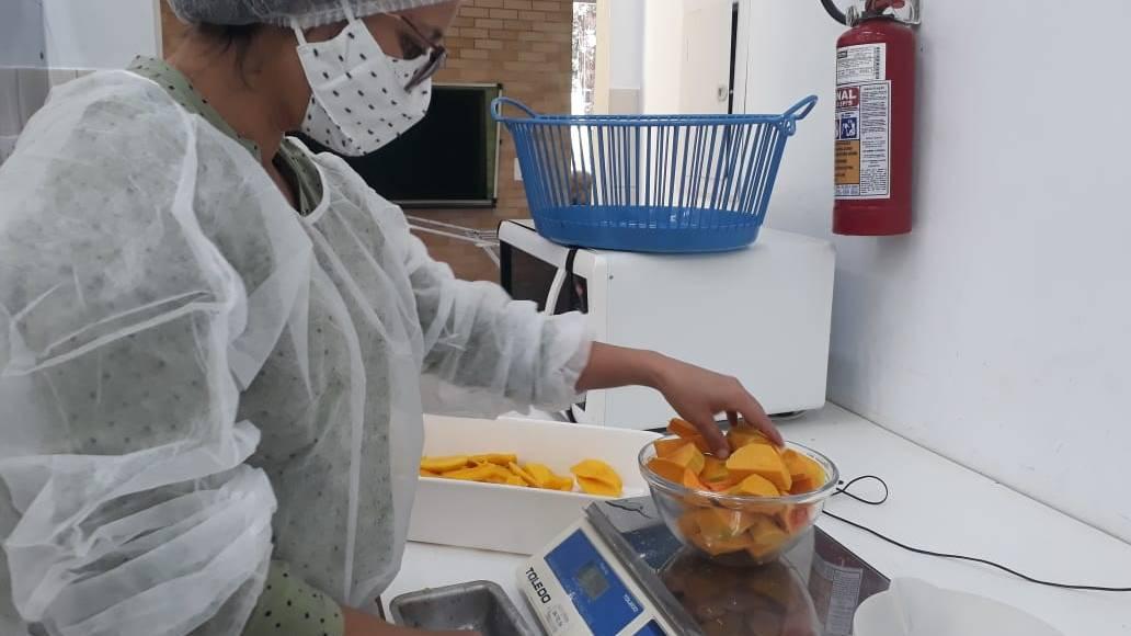 Fundetec e Biolabore capacitam incubadas e cooperados sobre produção de alimentos sem açúcar
