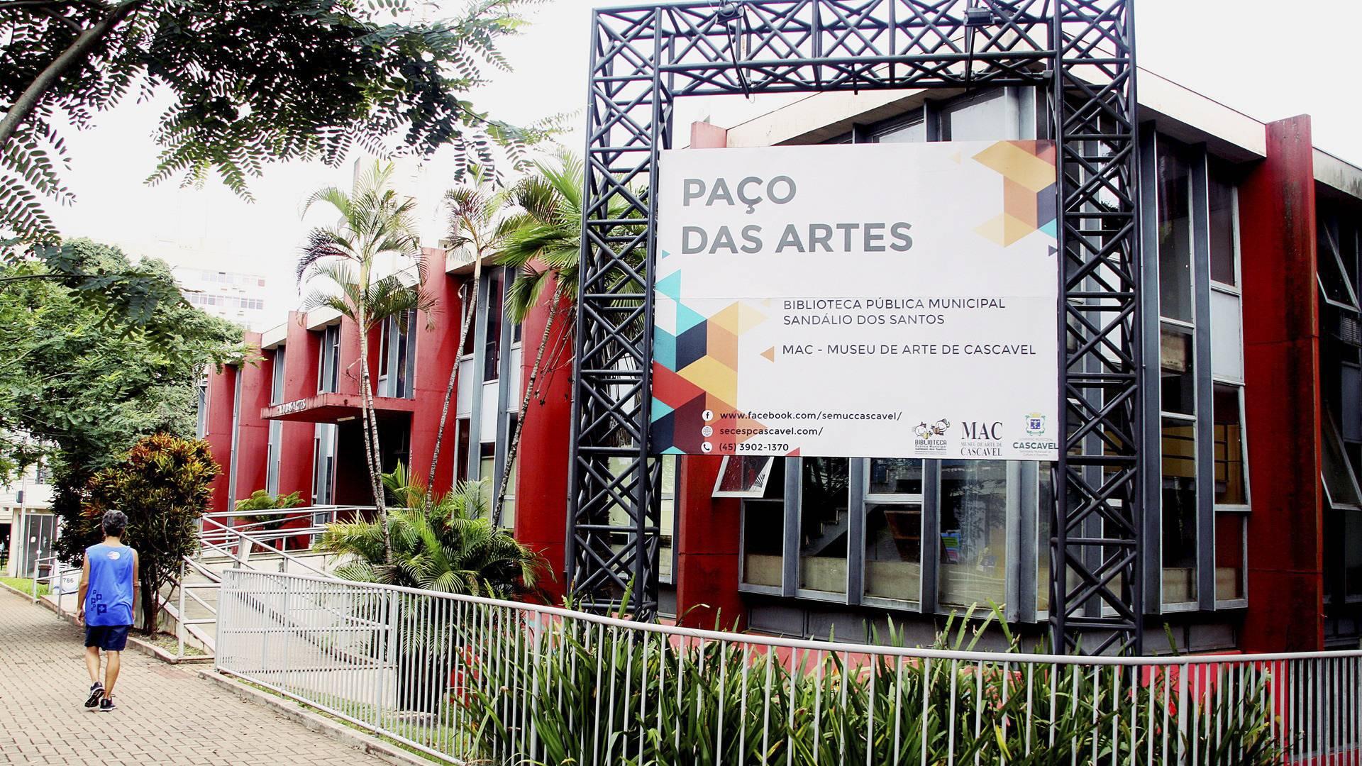 Biblioteca Pública de Cascavel reabre nesta segunda-feira (19)