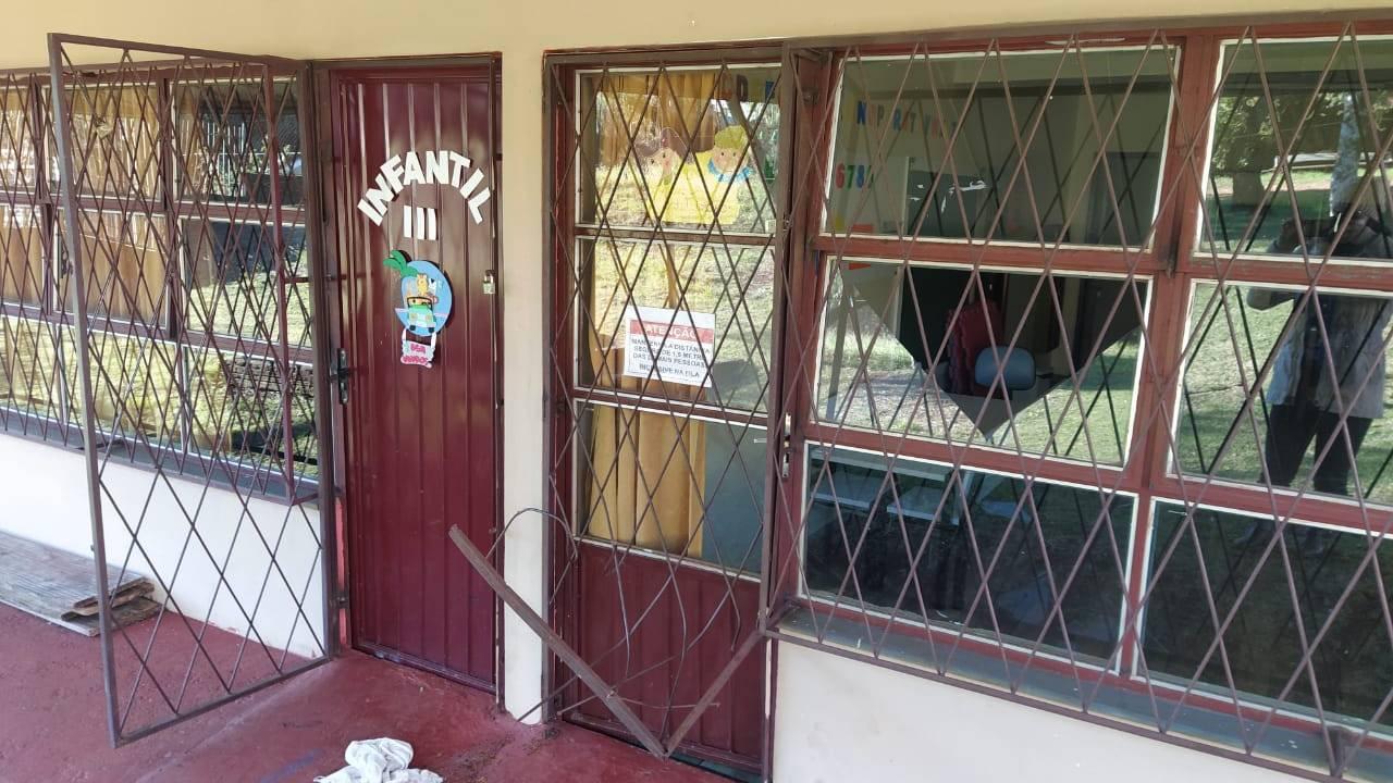 Unidades escolares são alvo de marginais na última semana em Cascavel