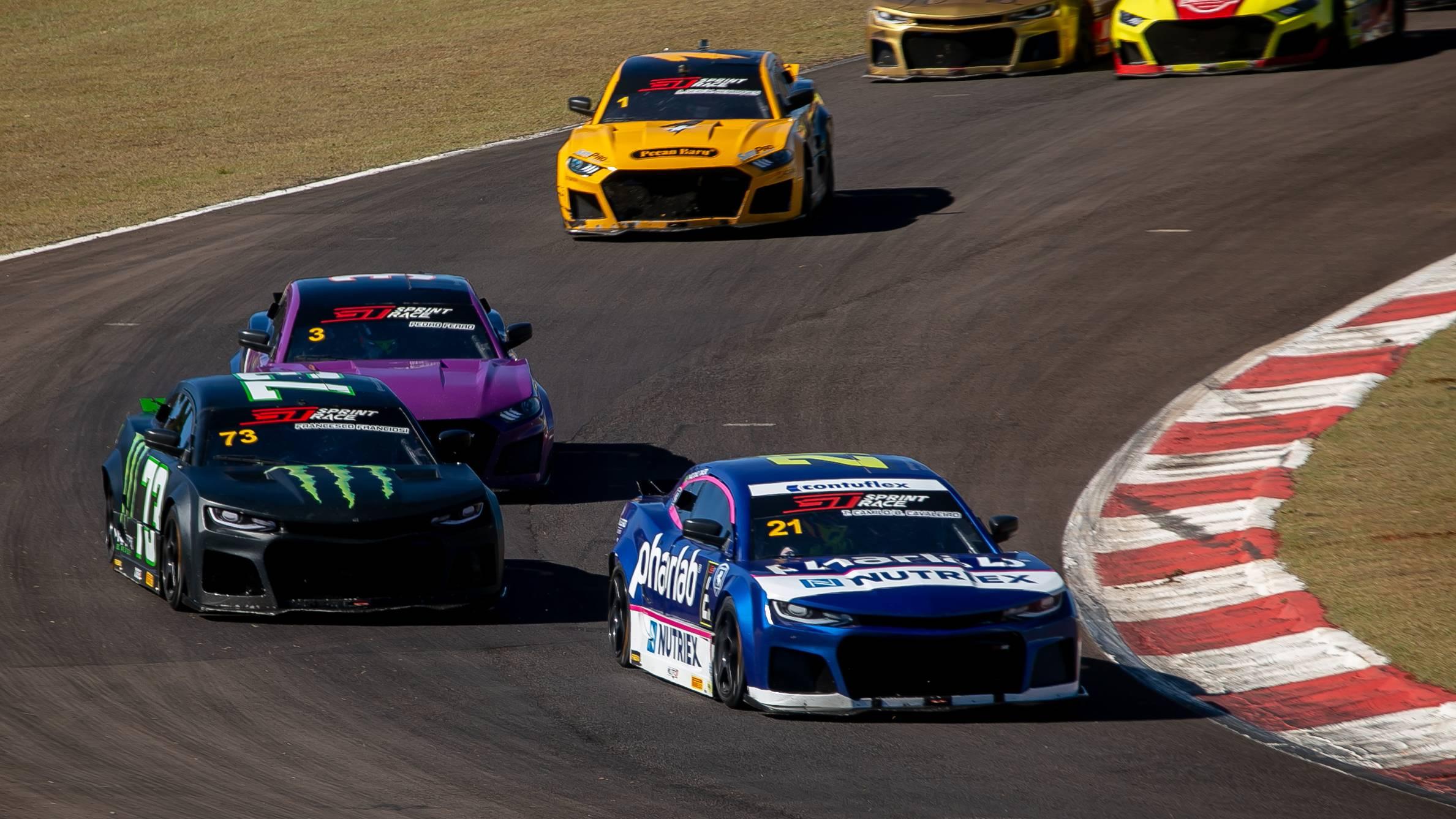GT Sprint Race: Thiago Camilo vence a segunda corrida em Cascavel